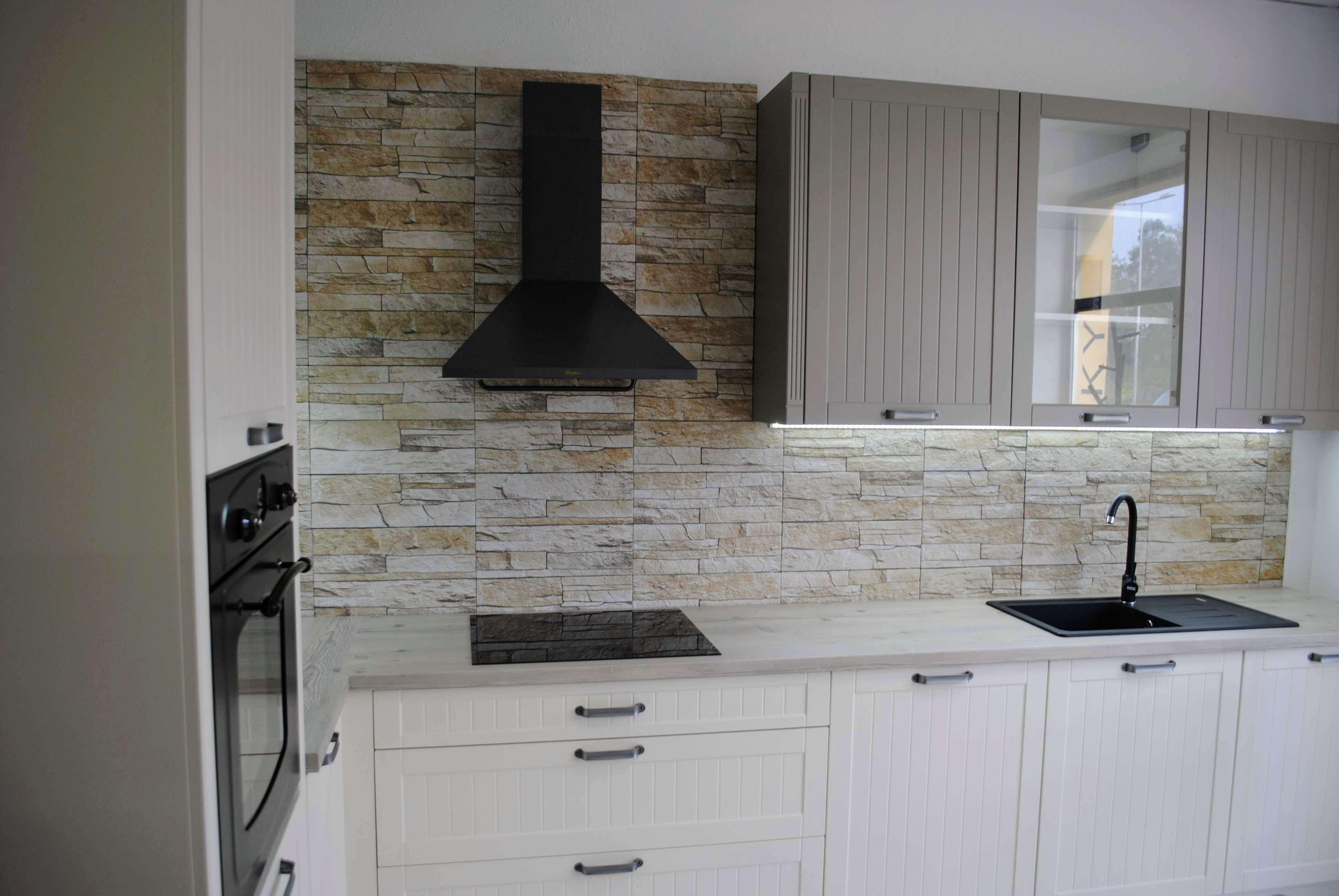 Kuchyna Magnolia